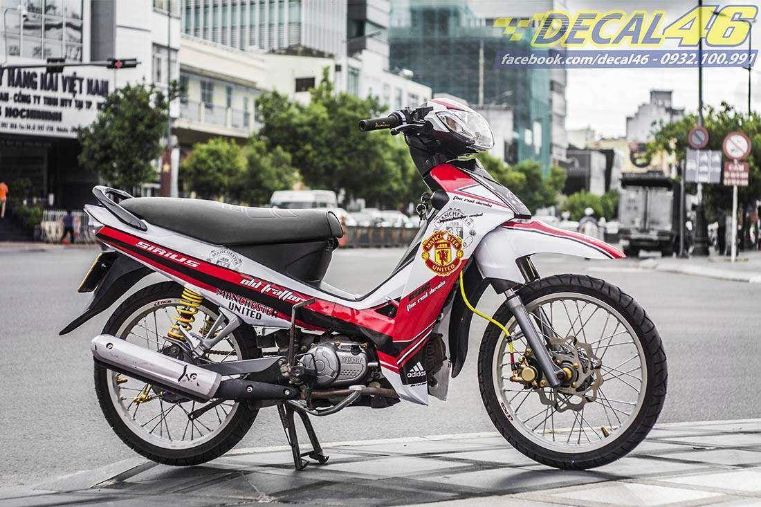 Tem xe Yamaha Sirius - 174 - Tem xe thiết kế MU đỏ trắng