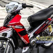 Tem xe Yamaha Sirius - 186 - Tem xe thiết kế Proti đỏ đen