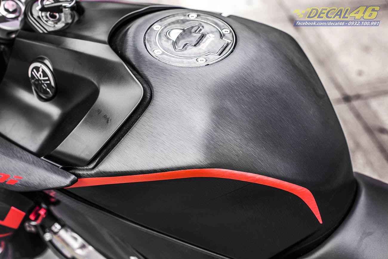 Tem xe FZ150i - 070 - Tem xe thiết kế đen xước đỏ