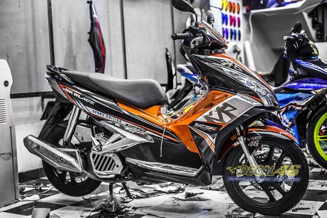 Tem xe Honda Airblade 125 - 038 - Tem xe thiết kế cam đen zin
