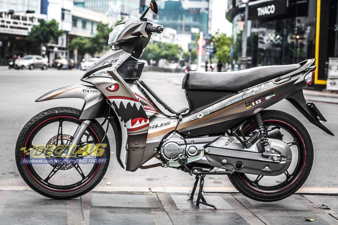 Tem xe Yamaha Sirius - 212 - Tem xe thiết kế Shark F35 nhôm xám đỏ