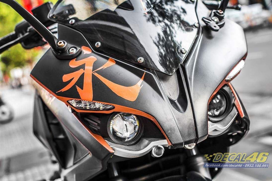 Tem xe Pulsar RS200 - 1 - Tem xe thiết kế Nhôm cam đen