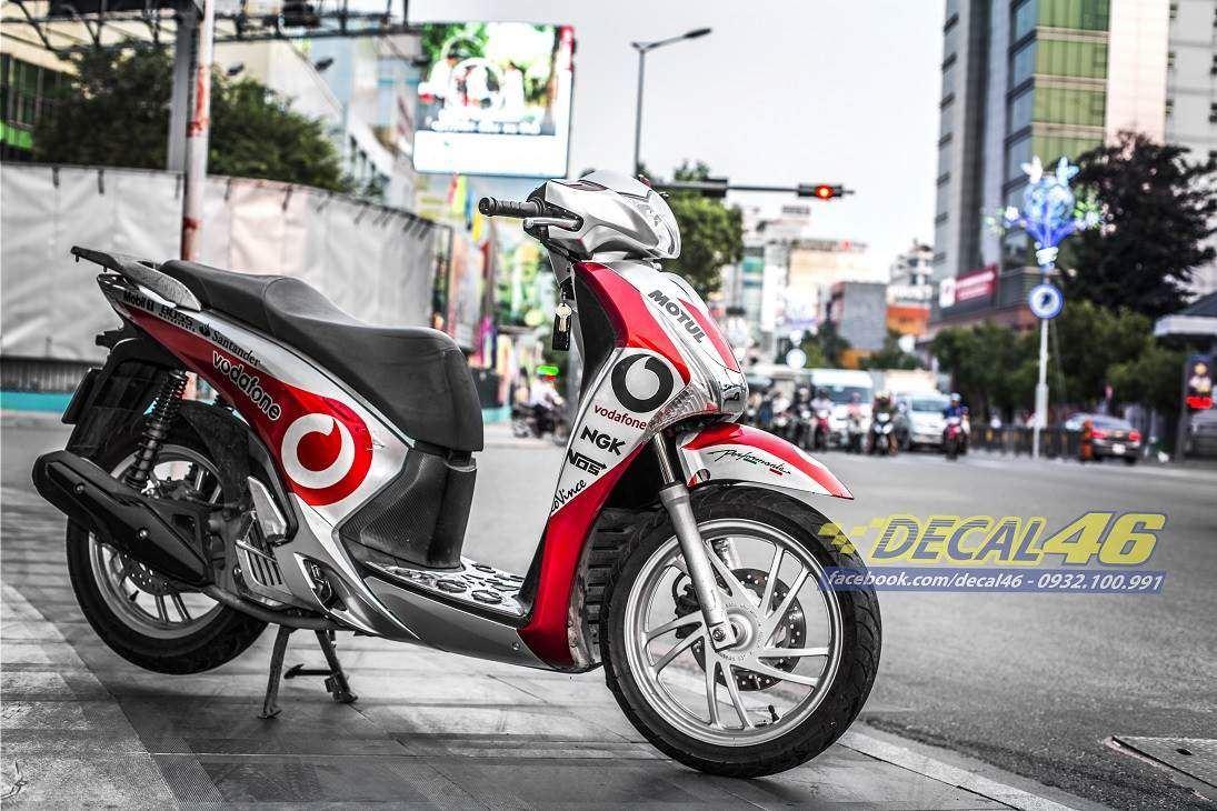 Tem xe Honda SH 150 Italia - Tem xe thiết kế Vodafone candy trắng đỏ