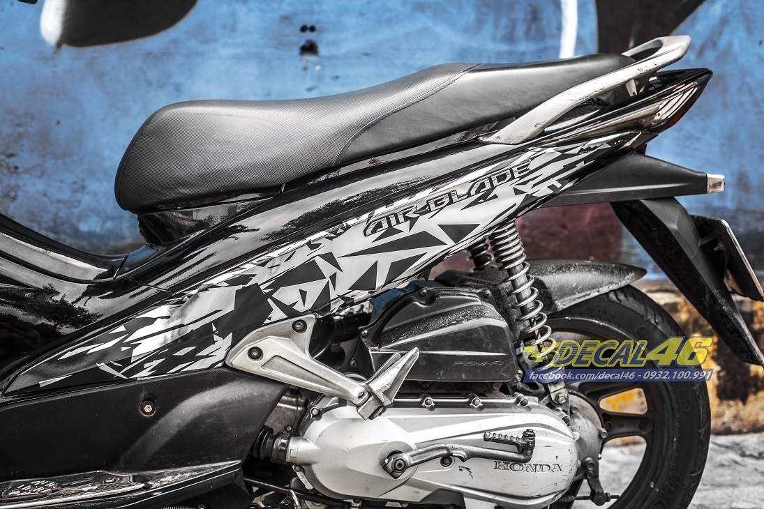 Tem xe Honda Airblade 2007 - 016 - Tem xe thiết kế Mirror chrome trắng đen