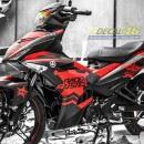 Tem xe Exciter 150 – 422 – Thiết kế Racer Buster nhôm đỏ đen