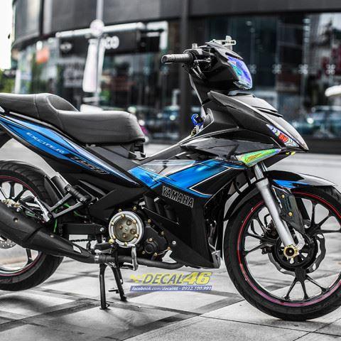 Tem xe Exciter 150 – 439 – Tem xe thiết kế Yamaha chrome đen xanh