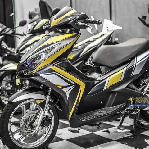 Tem xe Honda Airblade 125 - 060 - Tem xe thiết kế Vàng đen nhôm