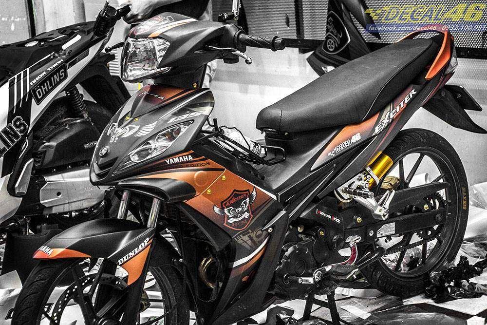Tem xe Exciter 2009 - 2010 - Tem xe thiết kế Yamaha nhôm cam đen
