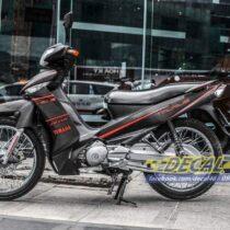 Tem xe Taurus Yamaha - Tem xe Taurus nhôm xước đen slider