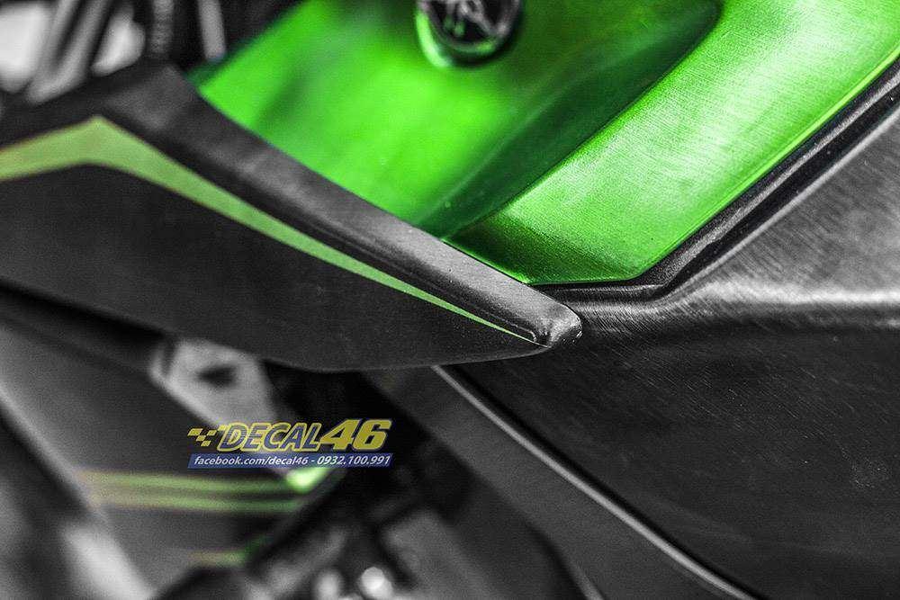 Tem xe FZ150i - 087 - Tem xe thiết kế Nhôm xước xanh đen