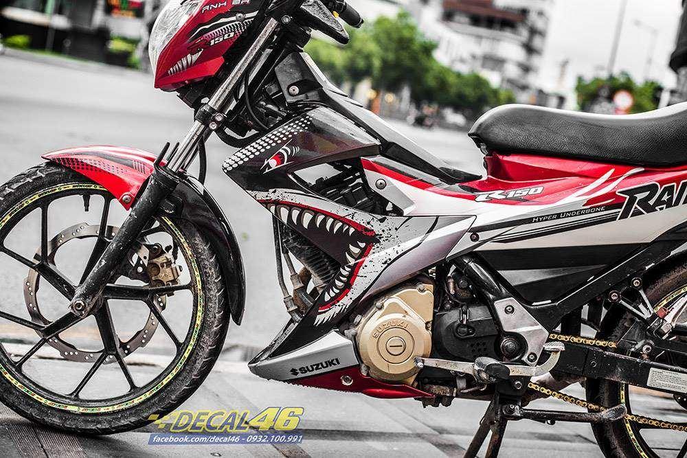 Tem xe Raider - Tem xe thiết kế Cá mập trắng đỏ