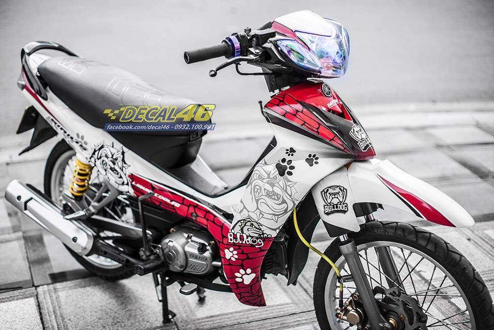Tem xe Yamaha Sirius - 242 - Tem xe thiết kế Bulldog trắng đỏ