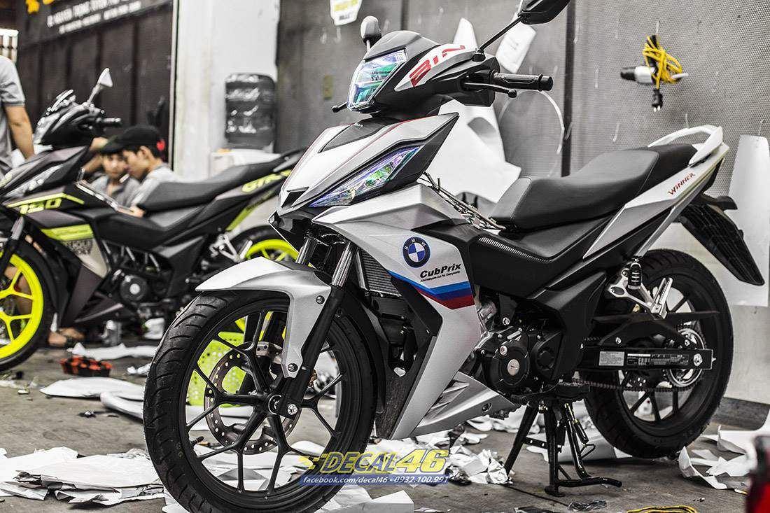 Tem xe Winner 150 - 403 - Tem xe Winner thiết kế BMW nhôm xước trắng