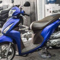 Tem xe Honda Vision - 009 - Tem xe thiết kế Xanh GP xước