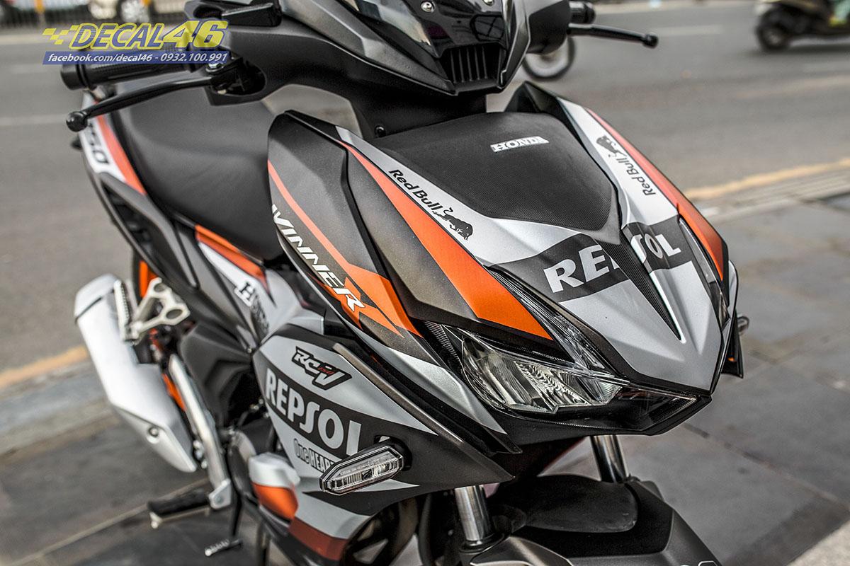 Tem xe Winner X - thiết kế Repsol cam đen nhôm