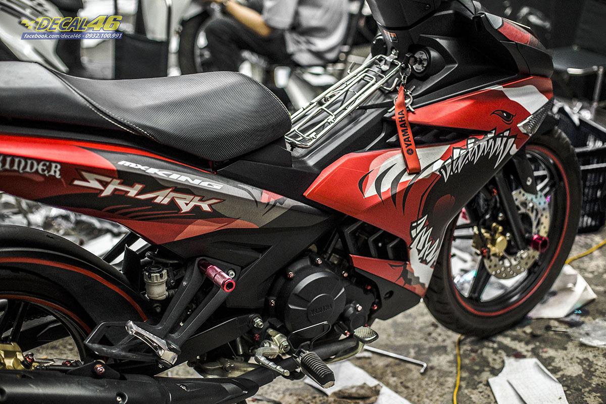Tem xe Exciter 150 2019 - 076 - thiết kế Shark nhôm xước đỏ đen