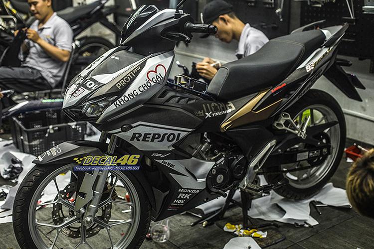 Tem xe Winner X - 078 - thiết kế Repsol new đen vàng đồng bạc nhôm