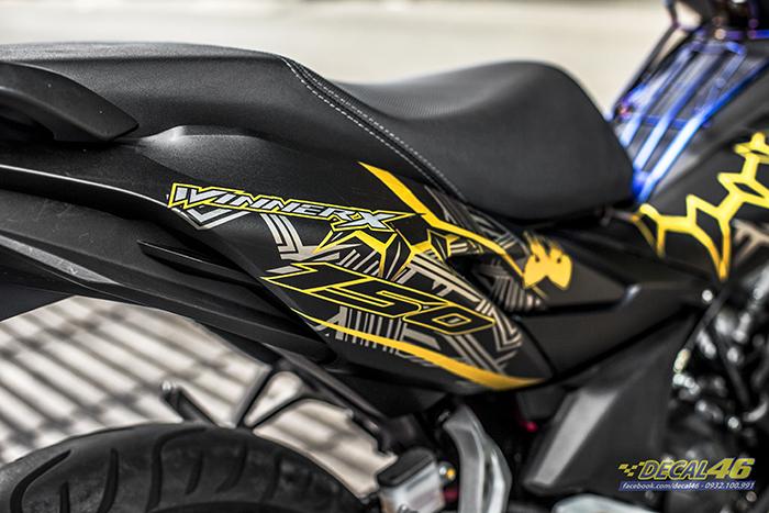 Tem xe Winner X - 083 - thiết kế Black Panther đen bạc vàng nhôm
