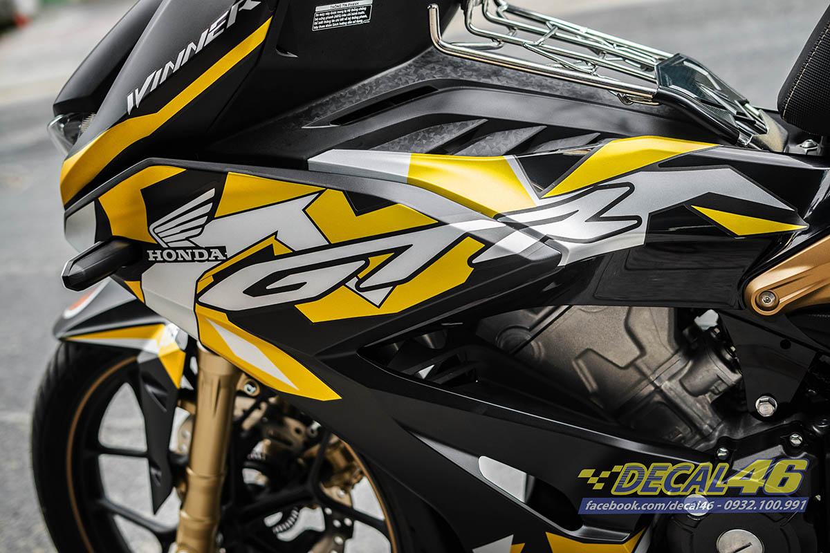 Tem xe Winner X zin GTR đen vàng đồng (2)